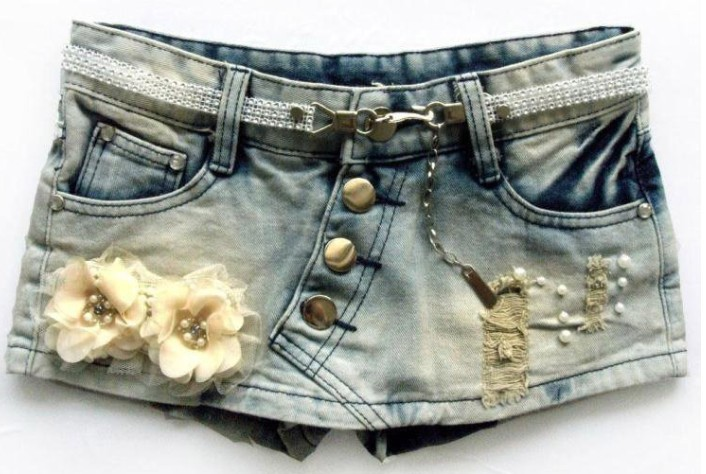 New Autumn Flowers Beading Ornament Denim Shorts Korean Style Buttum Shorts Skirts