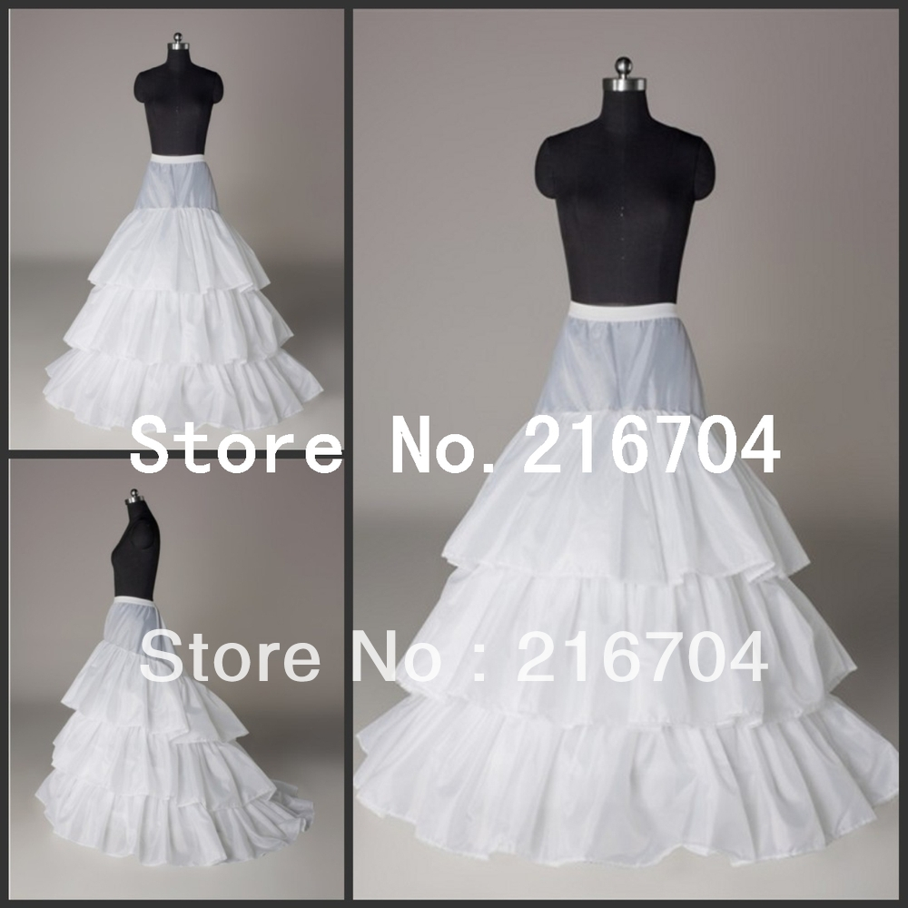 PT012 Fashionable White A-Line Three Layers Court Train Bridal Petticoats