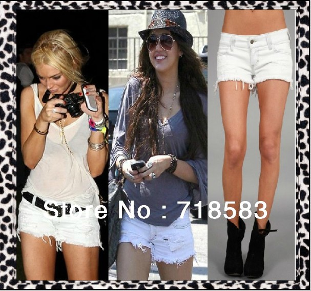 Retail ! 2013 Fashion Bull-puncher Knickers Hot Pants Shorts For Women Summer White Color Hole New Women's Shorts