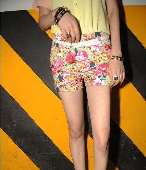 SHOWLK,the same style as European and American fashion magazines, flowers pattern short,For a variety of mix