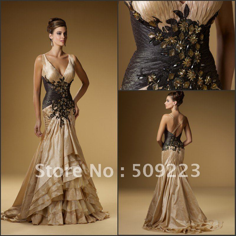 Sophisticated strapless bodice peating multi-layers floor length ...