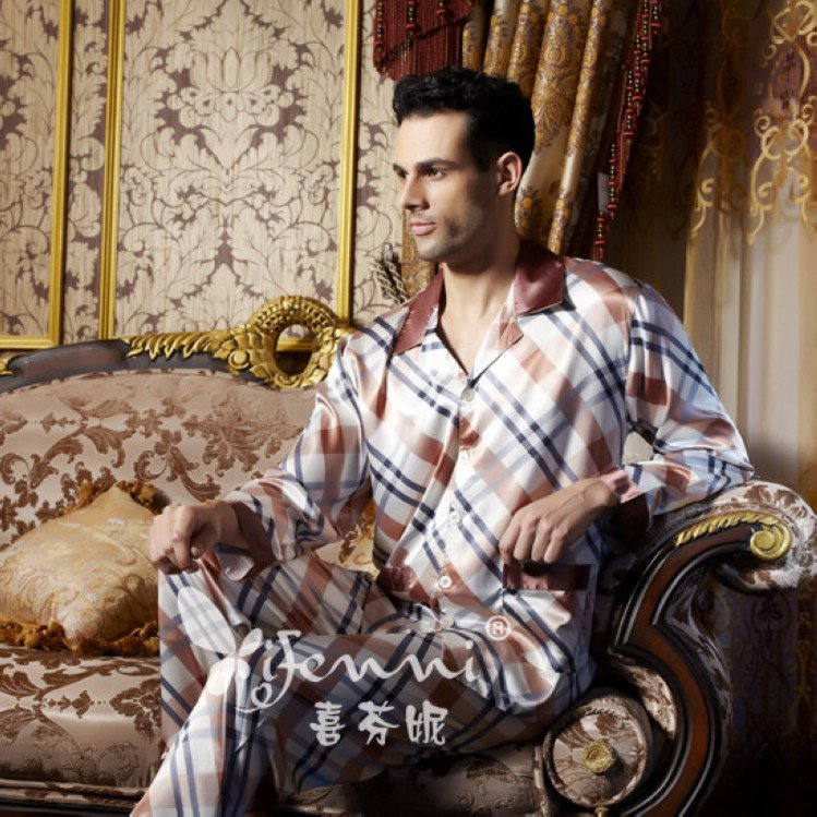 There are gift boxes genuine hi Fanny Ms. silk sexy nightgown plaid pajamas spring and autumn robe tracksuit