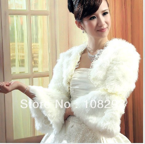 VOGUE FASHION Ivory wedding coat artificial wool horn sleeve bridal jacket Shoulder width 40CM