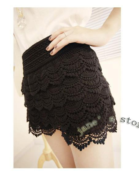 Wave full Gouhua hollow elastic waist shorts, divided skirts, leggings