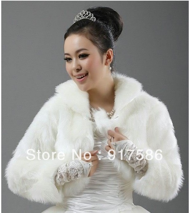 White Beautiful Ivory Faux Fur Wedding dress Bridal Jacket