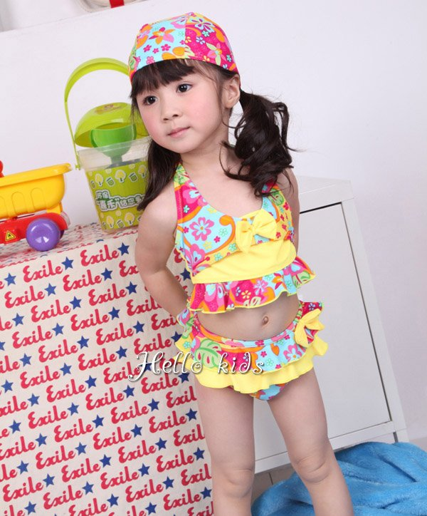 Wholesale - 2012 Fahion Summer Children Girl Swimming Costume 4-12Y Floral Two-piece Swimwear 5 sets/lot