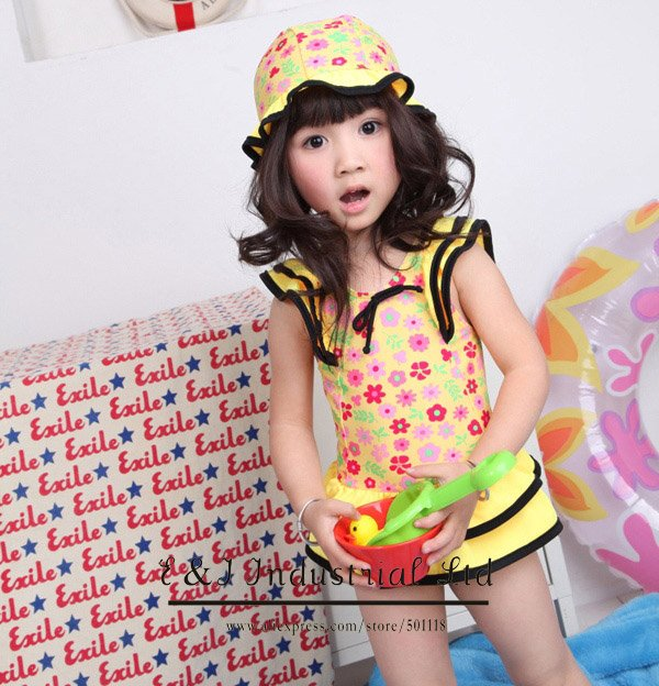 Wholesale - 2012 Yellow Bathing Suit Hat+Bikini Skirt 2-7Y Sample Supported Girl Bathing Suit 5 Pcs/lot Swimwear