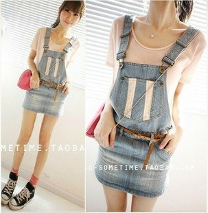 Wholesale Free Shipping The original single good quality lace stitching light color denim strap skirt ~ 8022 #