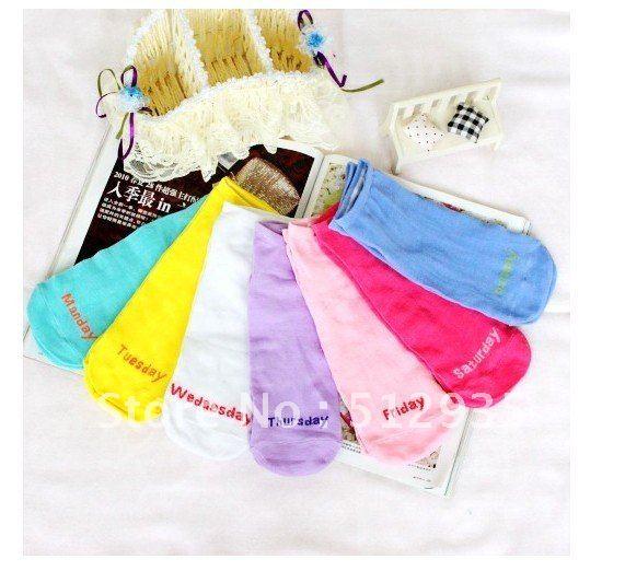 Wholesales Free Shipping 7 Color  Beautiful Lovely  English Letter Wemen Cotton Week Socks,Fashion Boat Socks 7pair/lot